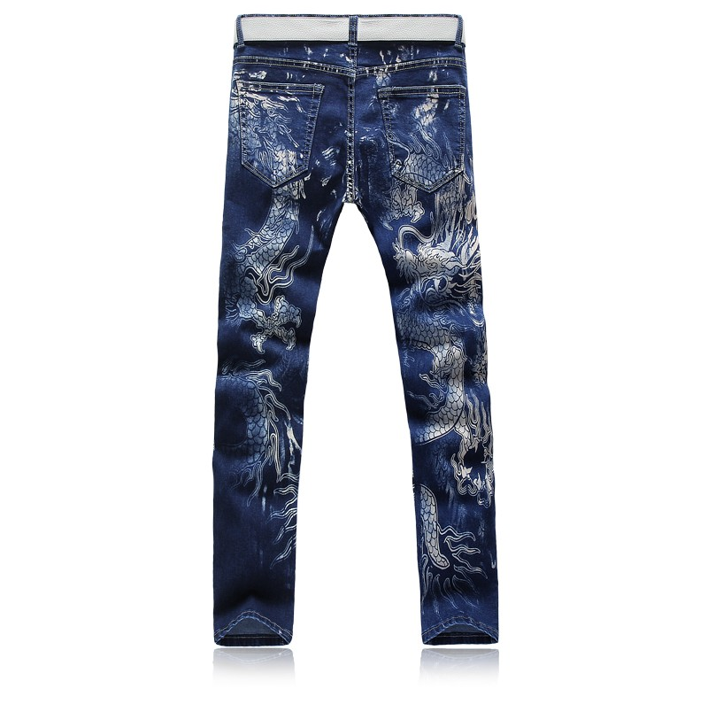 Скидки на Мужчины синие печати дракон джинсы брюки этап одежда Плюс размер 28-36 причинно тонкий певцы Брюки костюм мужчины мода носить