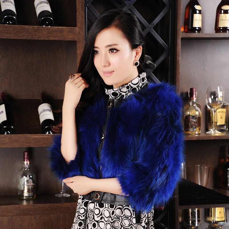 Casacos Direct Selling Promotion Covered O-neck Three Quarter Solid 2015 Winter Wome Female Round Neck Raccoon Genuine Fur Coat(China (Mainland))