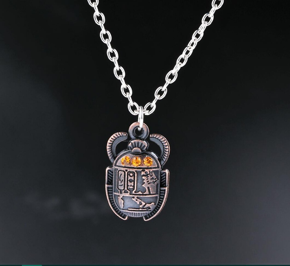 Egyptian Scarab Beetle With Rhinestones Charms Alloy Pendants Necklaces Vintage Antique Silver Jewelry Gift New 1PCS(China (Mainland))