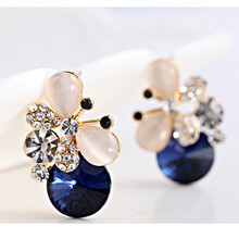 E115-2015 luxury Temperament Earings Fashion Jewelry Crystal Rhinestone Hollow Butterfly Ear Stud Earrings For Women's Gift(China (Mainland))