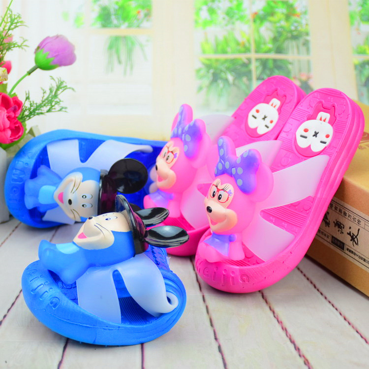 Hot New Arrival Children's Croc Shoes Summer Boys Girls Beach Shoes Little Kids Slips and Sandals(China (Mainland))