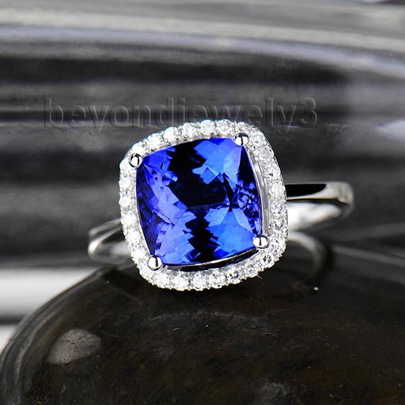 кольца бриллиант подушка