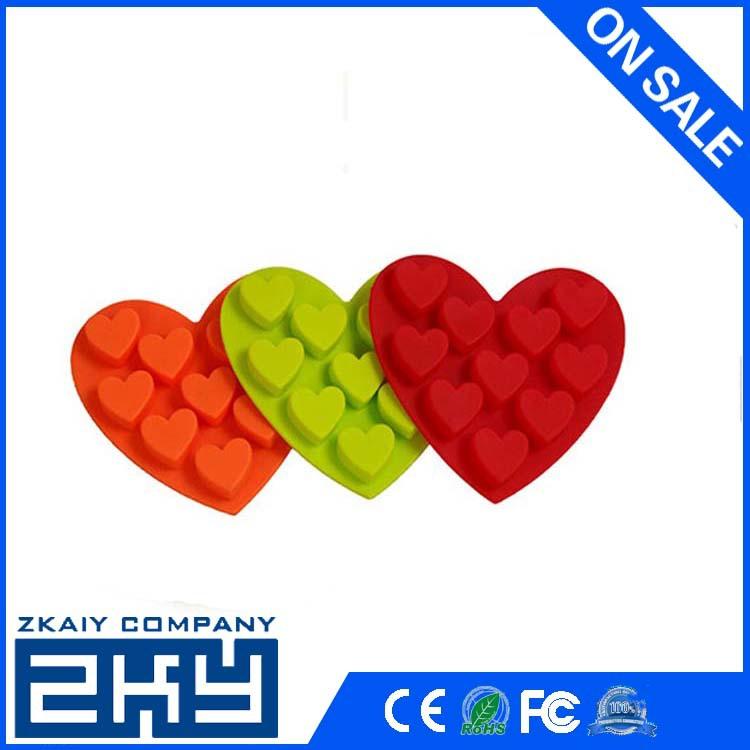 lovely heart shape silicone ice cube tray/gift(China (Mainland))