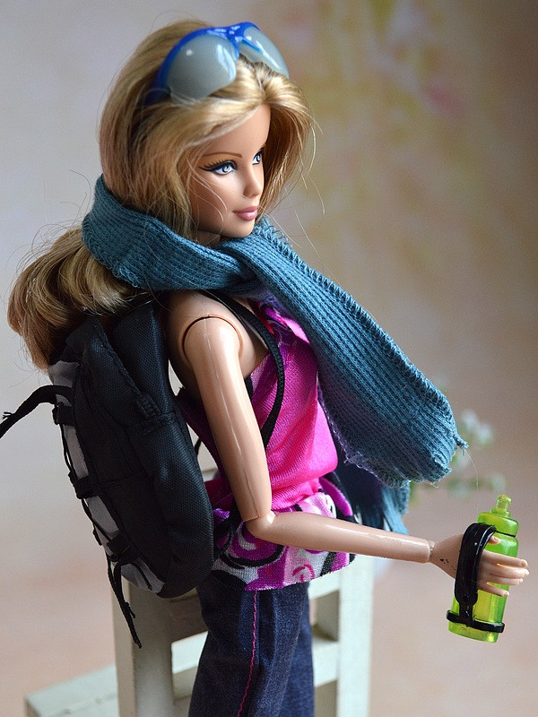 6 Pcs/lot Equipment , Backpack + Cup + Scarf + Sunglass + Glove For 1/6 Barbie Kurhn Ken Doll Reward New 2016 Toys for Women