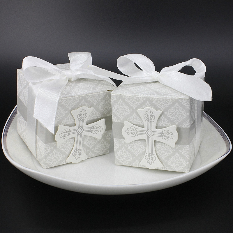 20PCS DIY Church Wedding decoration The Cross Paper Cube Candy Boxes Bow Ribbon Classy presentation box For Chocolate Home Decor(China (Mainland))