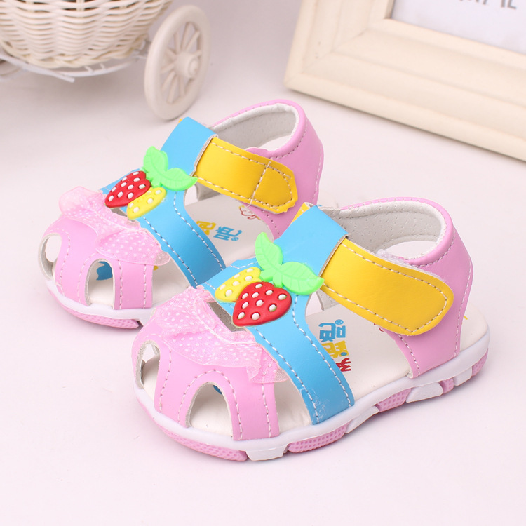 2015 Summer New Girls Toddler Sandals American Mosaic PU Strawberry Beach Shoes High Quality Rubber Flat Fashion Sneakers(China (Mainland))
