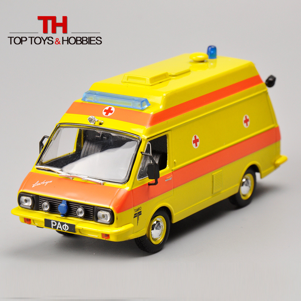 1/43 Scale Russia Ambulance Collection Alloy Car Model Diecast Bus Yellow Color Kids Toys Collection Gift(China (Mainland))