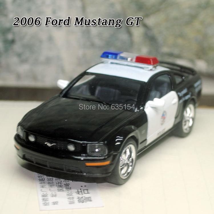 Brand New 1/38 Scale Pull Back Car Toys Police Version 2006 Ford Mustang GT Diecast Metal Car Model Toy For Gift/Children(China (Mainland))