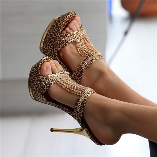 Фото красивых сексуальных женских туфлей