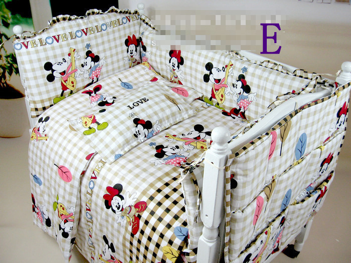 Free Shipping,HOT SALE!!Very Popular Most Fashion Minnie Mouse Comforter Set 100% Cotton Kids Bedding of Baby Crib or Baby Cot(China (Mainland))