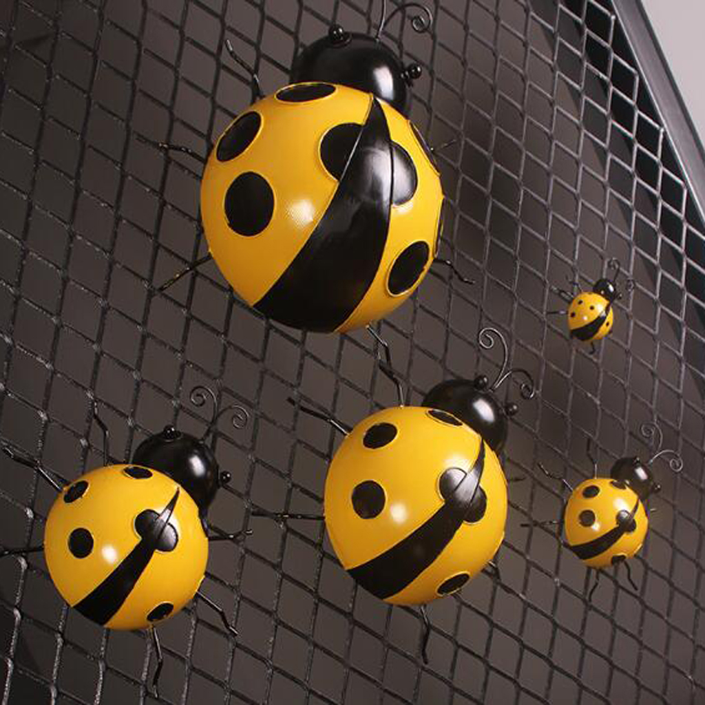3Pcs Iron Ladybug Metal Animal Hanging Wall Art Hanger Indoor Outdoor Garden Home Decoration