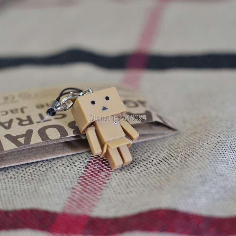 Lovely Danboard Mini PVC Action Figure Toy Danbo Dolls Pendants Phone Rope OTFG163(China (Mainland))