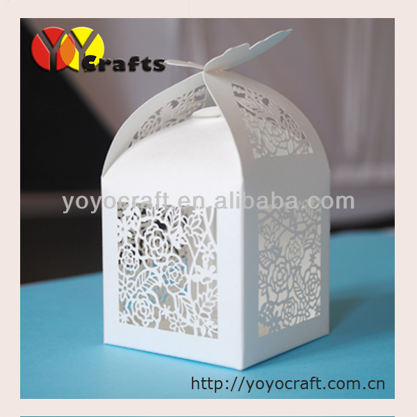 Butterfly wedding favor boxes customized laser cut pearl white favor box(China (Mainland))