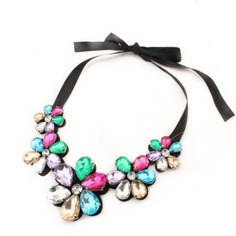 YANA Jewelry 4 Colors Trendy Fashion Flower Bib Necklaces Statement rhinestone Necklaces pendants For Woman 2015
