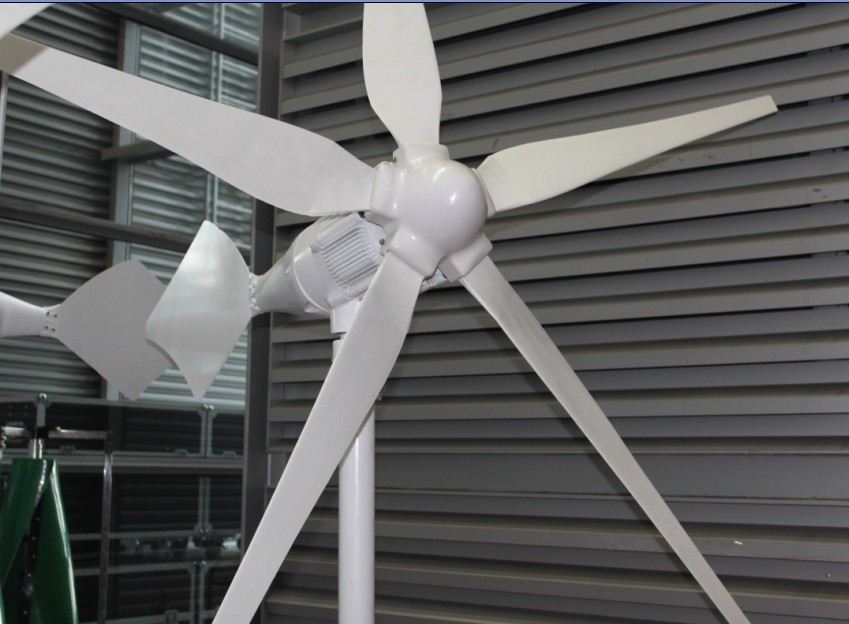 1000W windmill wind turbine wind generator start wind speed 3m/s 15year life time CE certificate low price free shipping(China (Mainland))