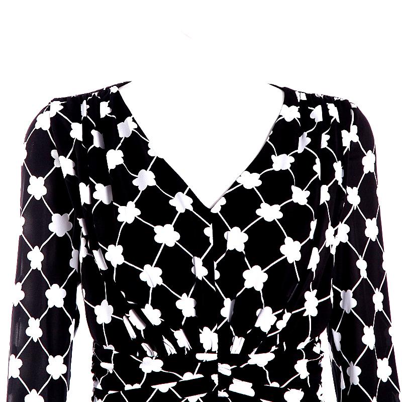 d s black maxi dress v neck