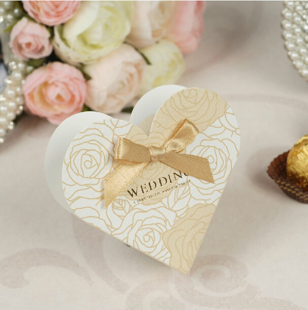 50PCS Heart Candy Box Wedding Party Christmas Birthday Valentine Day Gifts Favour Candy Boxes With Ribbon Paper Candy Box(China (Mainland))