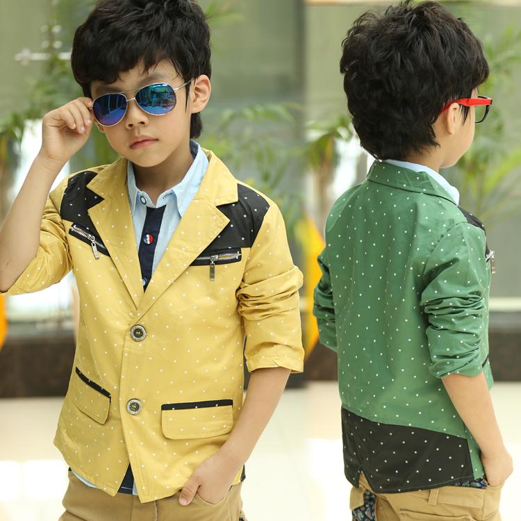 Модные костюмы на мальчиков 23
