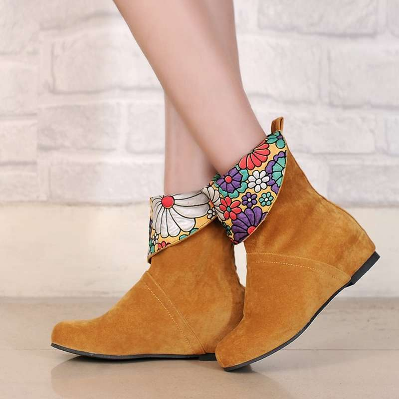 Factory Sale Beautiful Female Flat Heel Solid Slip On ...