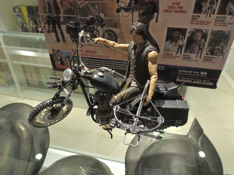 McFarlane Action Figure Toys The Walking Dead Daryl Dixon Riding Motorbike With Weapon PVC Cool TV Figure Model Toy For Gift(China (Mainland))