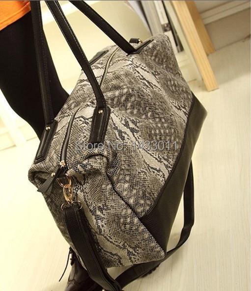Woman Bags Fashion 2014 Designers Snake Skin Women Luggage Travel Waterproof Large Traveling Duffle Sport Bag - TOP VOGUE store