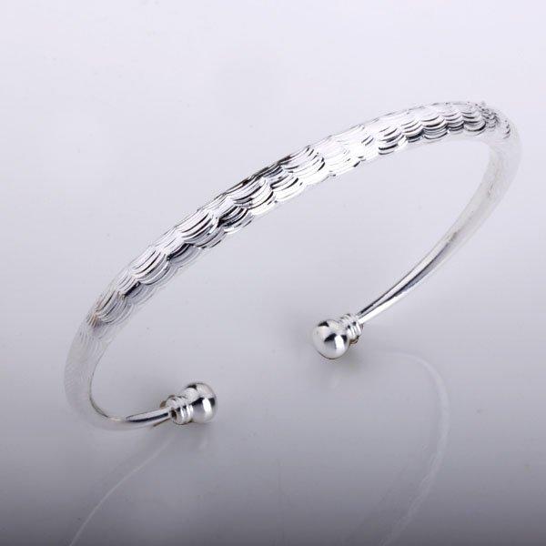 free shipping b158 fashion silver plated bangle,fashion Silver Bracelet Ornate Bangle Unique Greek Present Cute Gift New(China (Mainland))
