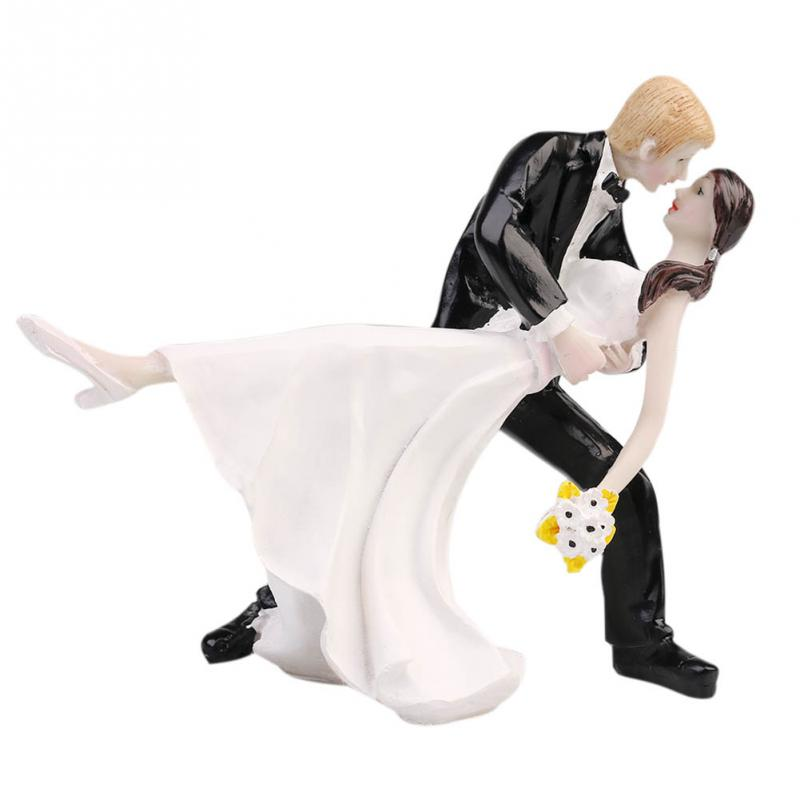 1 PC Resin Party Dec Hot Selling A Romantic Dip Dancing Bride Groom Couple Wedding Cake Topper Figurines(China (Mainland))