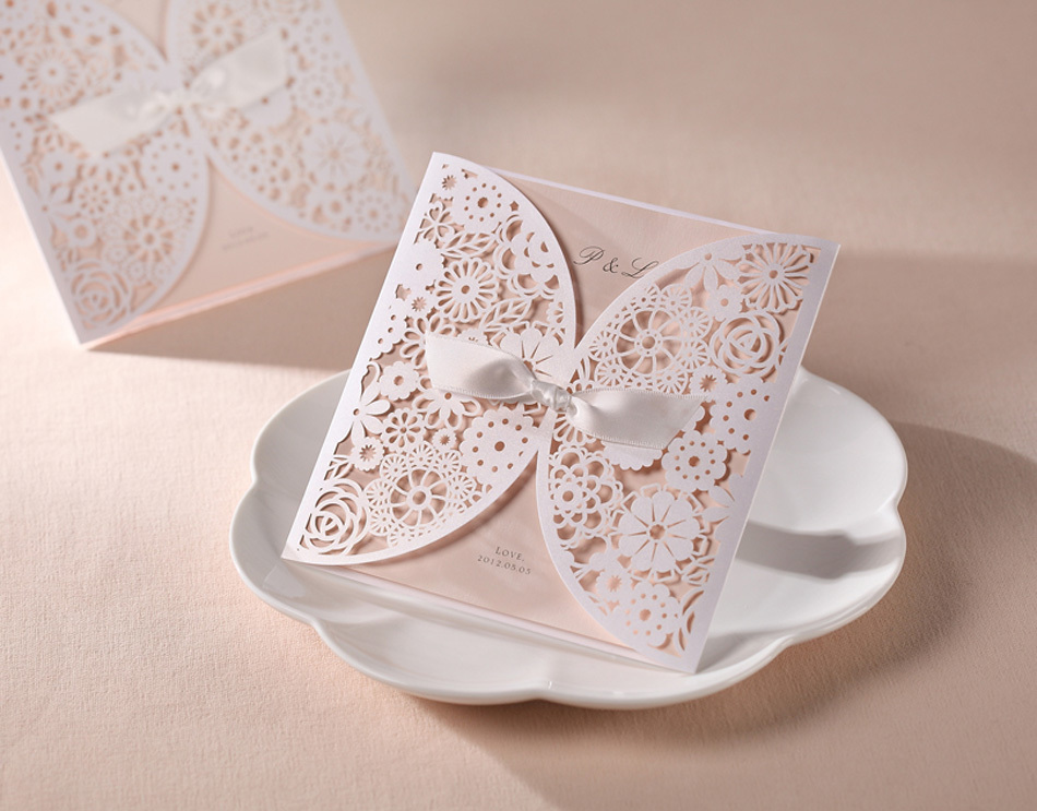 50pcs/set free envelop and free seals Hollow Design Wedding Invitation card high class card BH2065(China (Mainland))