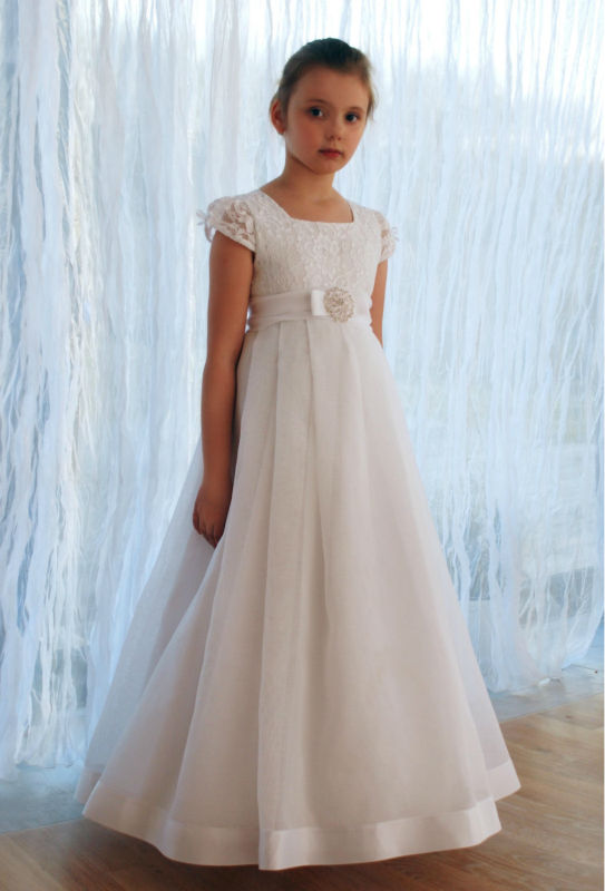 2017 New Arrival Short Sleeve Lace Flower Girl Dresses Vestido de Comunion First Communion Dresses for Girls 10 12 Pageant