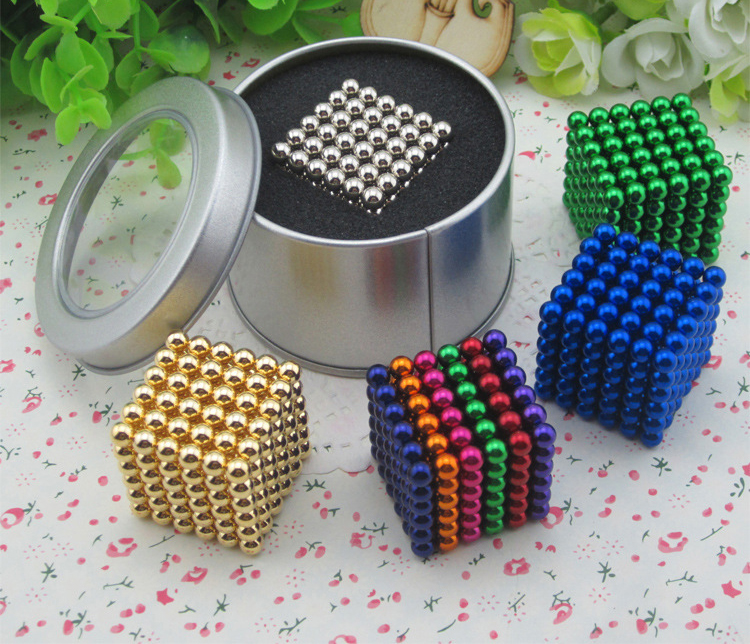 5mm Neodymium Bucky balls Neo Cube Puzzle Ball Magnetic Balls with Metal Box 216 pcs(China (Mainland))