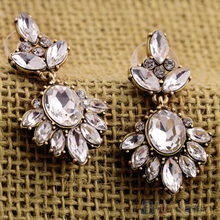 Vintage Women Earrings   Crystal Insert Earrings Rhinestone  Ear Studs 2MQA