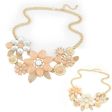 2014 new fashionable bright flower necklace charm rhinestone necklace and pendant gift