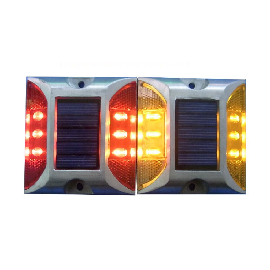 high bright Solar spike aluminum LED traffic lights double reflective road signs, Energy saving, environmental protection(China (Mainland))