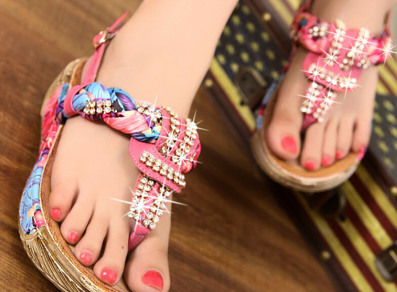 Bohemia national wind of new fund of 2015 summer diamond female pinch shake sponge thick with sandals in the bottom(China (Mainland))