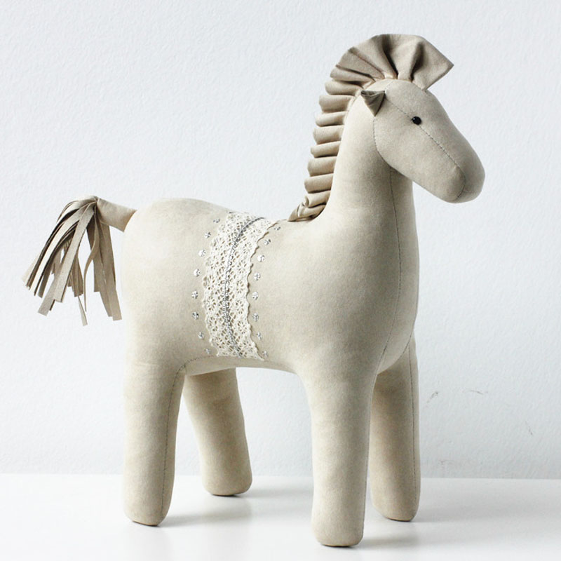 Highend Imitation Leather Horse Doll Toys Birthday Wedding Girls Gifts Home Decoration Accessories Car