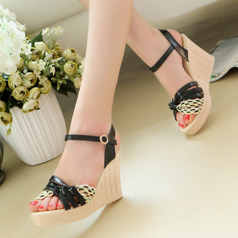 Trend slope with the fish head Roman sandals muffin female students heels sandals female white-collar workers essential<br><br>Aliexpress
