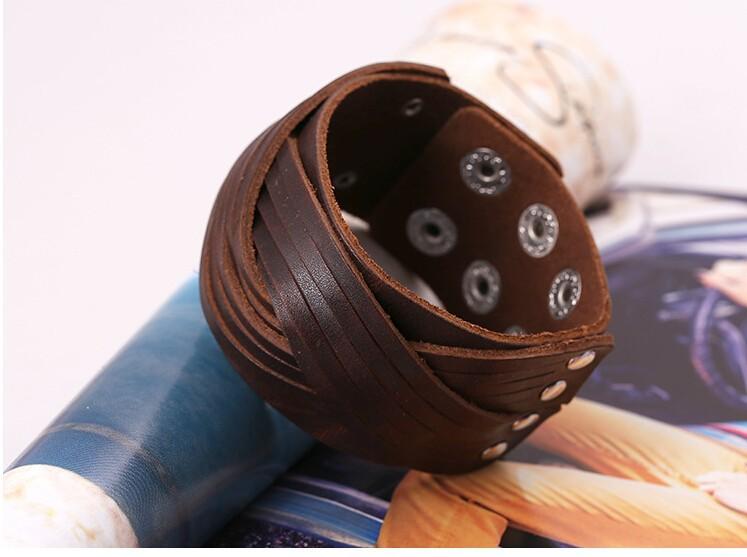 Панк браун черный яловичная упаковка браслеты браслет манжеты ручной кожа плетеный серфер браслет мужская и браслеты старинные ювелирные изделия