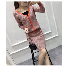 2016 Preppy Style Knitted Skirt Suits Autumn Winter Long Sleeve V Neck Sweater Women Set Fashion grid Crop Top And Skirt Set(China (Mainland))