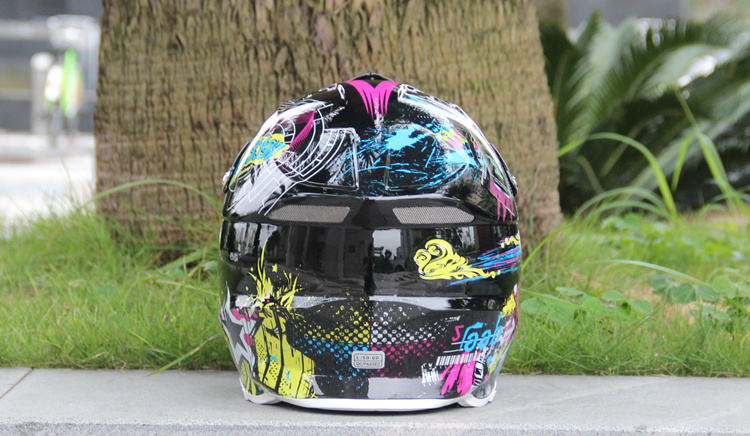 AM DH downhill racing seasons cross-country mountain bike helmet motorcycle helmet and the red mountain