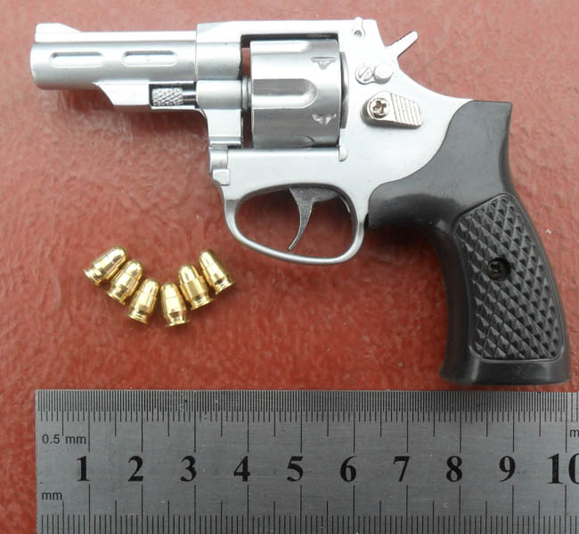 1/2.05 metal high simulation handgun M29 revolver gun police toy pistol gun model(China (Mainland))
