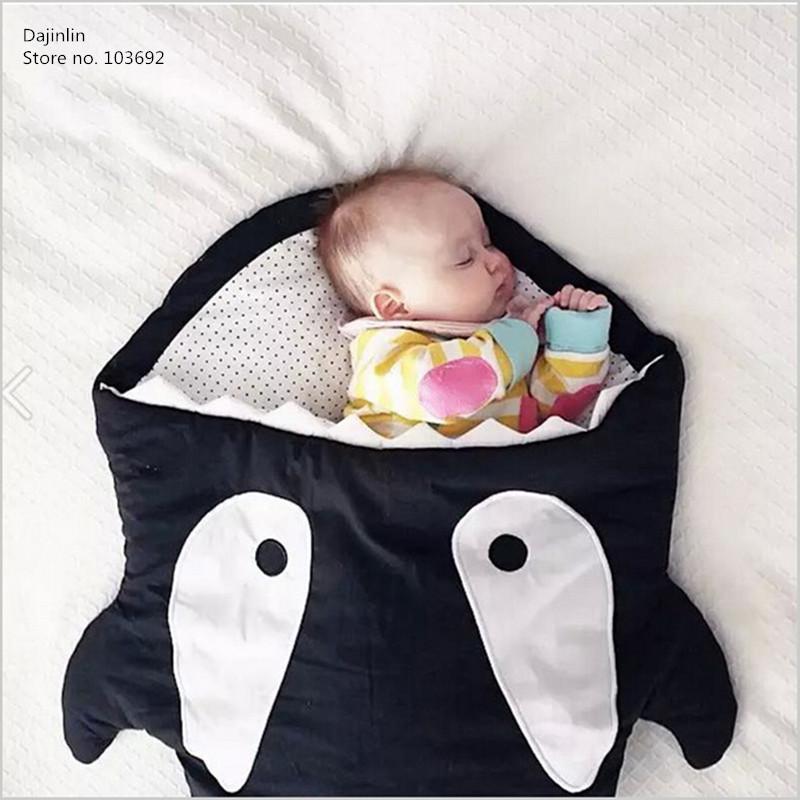 Здесь можно купить  2016 New Cartoon shark sleeping bag Newborns sleeping bag Winter Strollers Bed Swaddle Blanket Wrap cute Bedding baby Sleepsacks  Детские товары