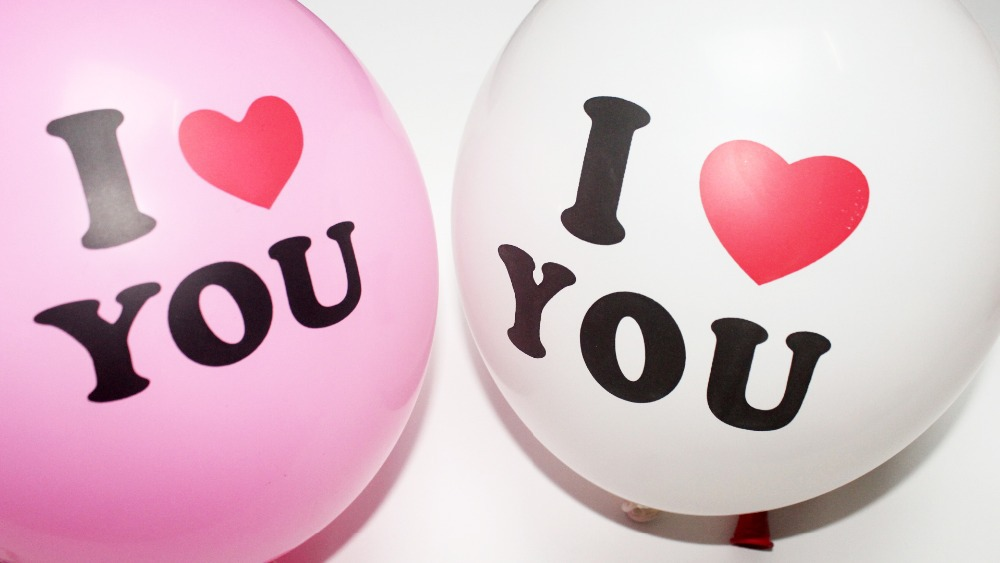 100PCS Lovely Round Heart Ballons Valentines Balloons White Heart Latex Ballons Wedding Engagement Propose Marriage Balloons(China (Mainland))