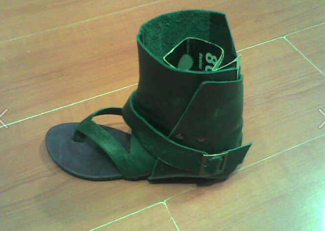 15 Spring Green Gray Black Suede Fringe Sandal Short Boots Clip Toe Falts Shoes Woman Belt Buckle Boots Soft Leather Comfortable(China (Mainland))