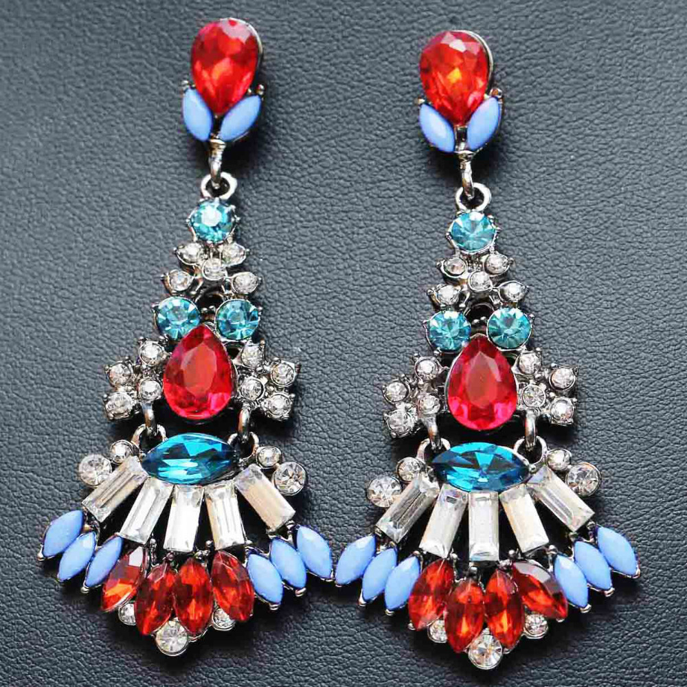 3 colour Women's fashion earrings New arrival brand sweet metal with gems stud crystal earring for women girls(China (Mainland))