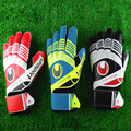 New Professional goalkeeper gloves Finger protection latex soccer goalie protective gloves footbal sport goal keeper gloves