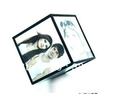 Free Shipping Photo Frame Plastic Automatic rotation magic cube photo frame automatic rotating foto cube(China (Mainland))
