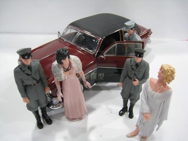 1/18 car model scene match the character variety of optional set model