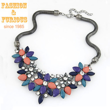2015 Summer Jewelry Hot Necklaces Pendants Women Statement Necklace Colar Choker Necklace Resin Flower Pendant For Party Gift