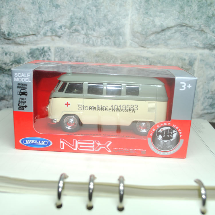 (5pcs/pack) Wholesale Brand New 1/36 Scale Diecast Car Model Toys Ambulance Edition 1962 Volkswagen Bus Metal Pull Back Car Toy(China (Mainland))