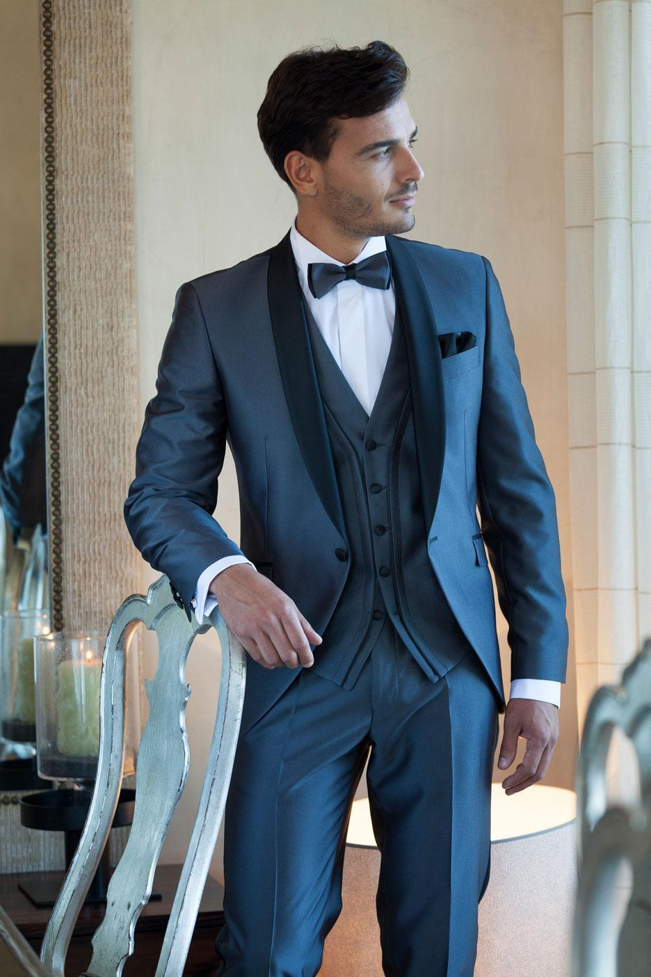 Franc Milton suits are an iconic representation of men's fashion and the classic American look. The tailor is located in Los Angeles, and their appointment fittings allow .